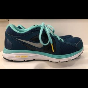 Nike Livestrong Women's Shoes